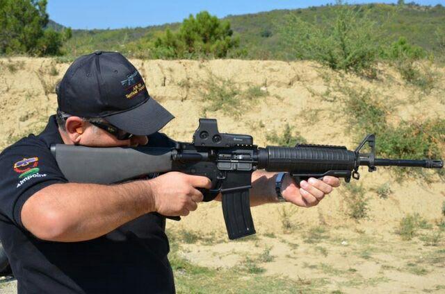 Le regole d'oro per il maneggio di un arma da fuoco