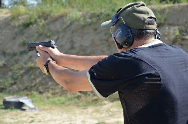 Controllo nell'uso dell'arma corta durante le fasi operative